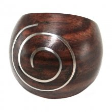 Ring aus Holz